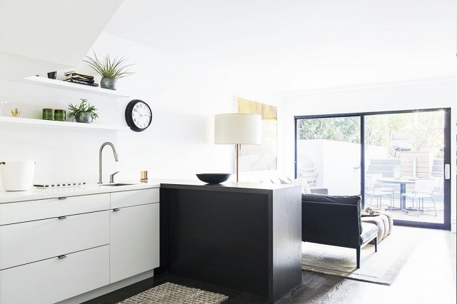 a-turn-of-the-century-house-in-san-francisco-gets-a-modern-remodel-1635544-1453852584.640x0c