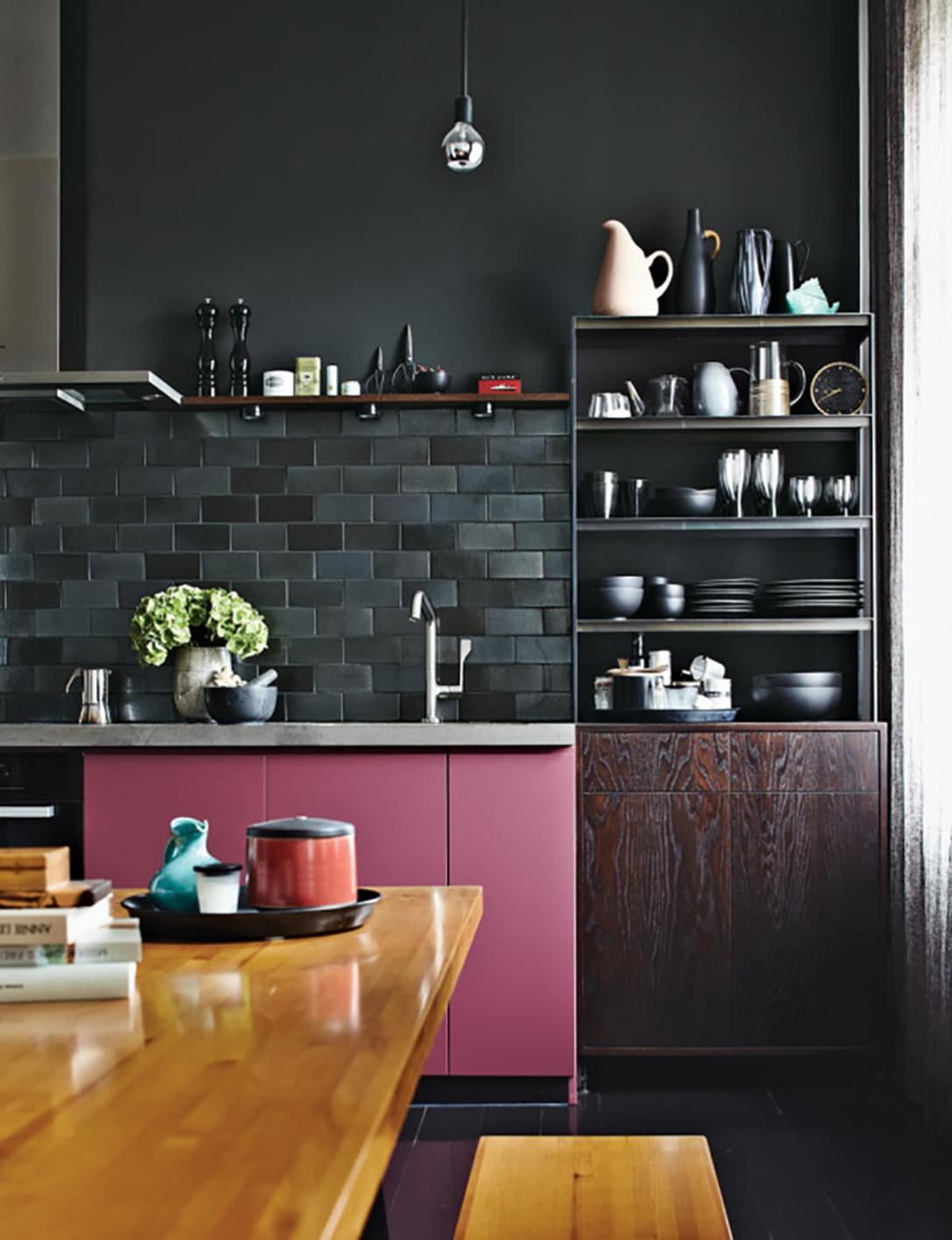 roundup-moody-rooms-3-berlin-kitchen-peter-fehrentz-600x781